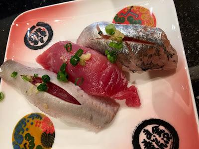 金沢まいもん寿司の日替わり3貫