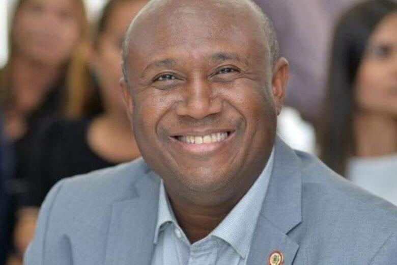 Vereador, cantor gospel e ex-vocalista do Olodum morre vítima de Covid na Bahia