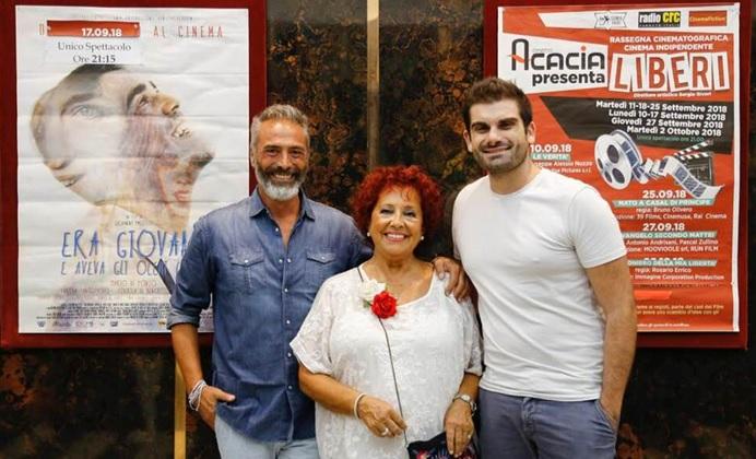 Sergio Sivori presenta Liberi al cinema Acacia