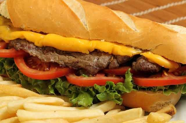 Resultado de imagem para sanduíche filet mignon