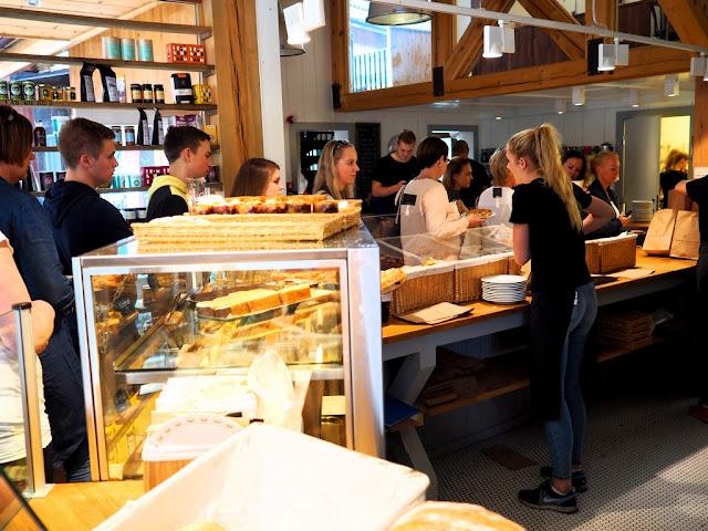 pekařství, Lom, fronty, koláče, Norsko, Bakeriet