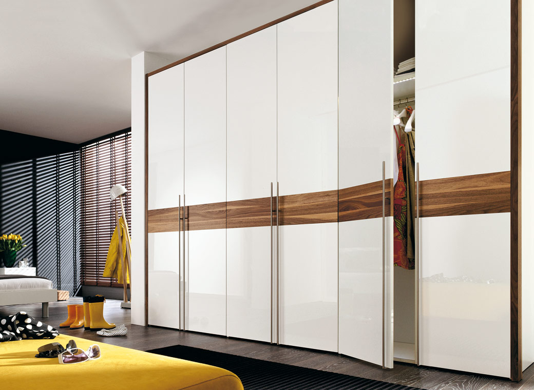 different types of wardrobes designs kreative house. Black Bedroom Furniture Sets. Home Design Ideas