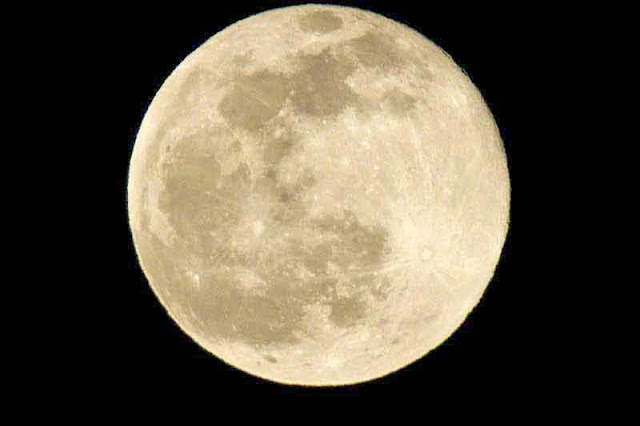 moon on May 4 2015, Japan