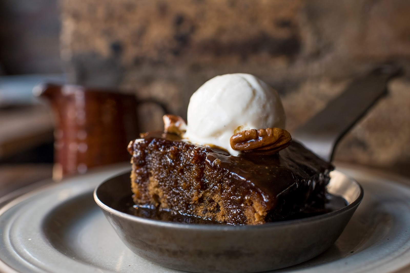 Rich Sticky Toffee Pudding - vegetarian and vegan recipes ...