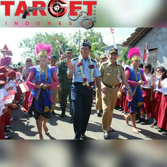 Bupati Pati Dan TIM Waasev Mabes TNI Mengecek TMMD Reguler 101 Tahun 2018 di Desa Godo Kecamatan Winong Kabupaten Pati