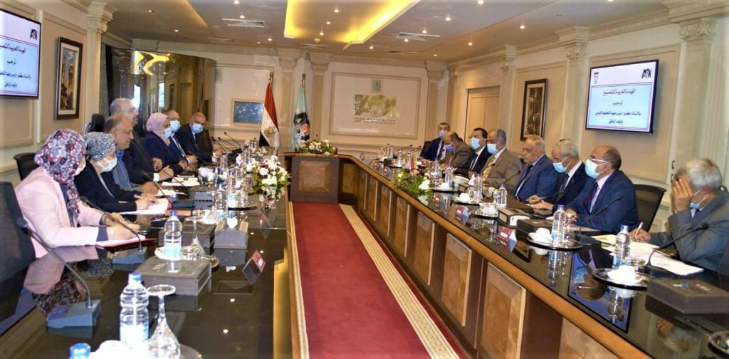 معهد التخطيط القومي والهيئة العربية للتصنيع يبحثان تعميق التصنيع المحلي وزيادة القيمة المضافة للمنتجات المصرية