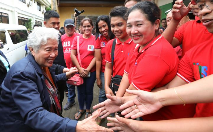 DepEd gives assistance for employees amid extended ECQ