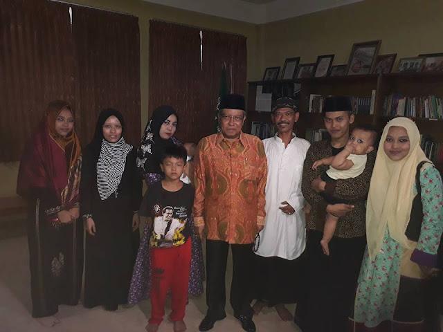 Pemuda Asal Indramayu Menjadi Imam Tarawih Di Masjid Negara Maroko