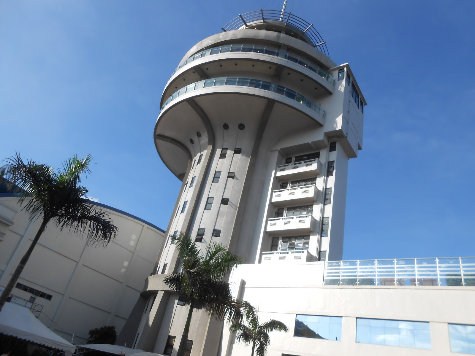Pasig revolving tower opens again after three decades for Names of famous towers