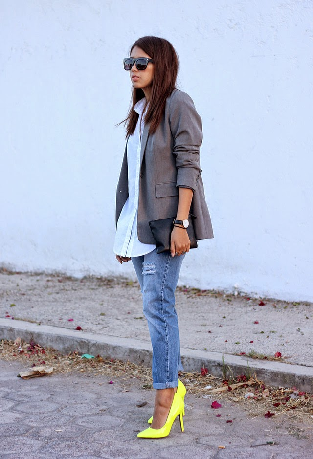 Wearing a Vintage dark gray pull bear blazers with Neon Yellow Heels