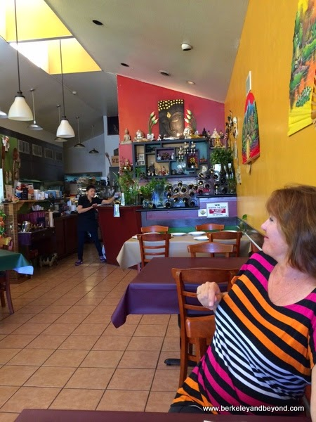 interior of White Lotus Thai Cuisine in Albany, California