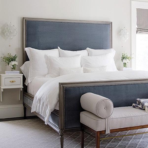 Il letto feng shui dovrebbe avere spazio sotto immagine
