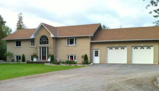 4 Bedroom Custom Built Home For Sale in Bobcaygeon