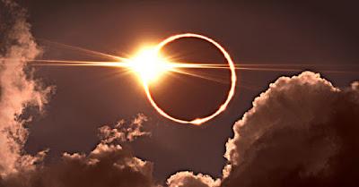 Ce ne aduce eclipsa totală de Lună în Săgetător din 26 mai 2021