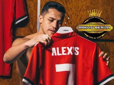 Alexis Sanchez Menggunakan Jersey Nomor 7 Di United