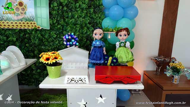 Mesa temática Frozen - Febre congelante - Aniversário da Anna