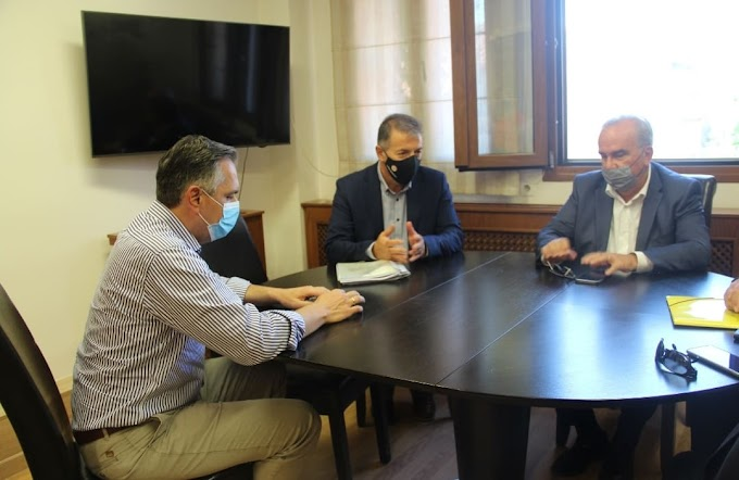 Συνάντηση Δημάρχου Αμυνταίου με τον αν. Υπουργό Ανάπτυξης και Επενδύσεων Νίκο Παπαθανάση