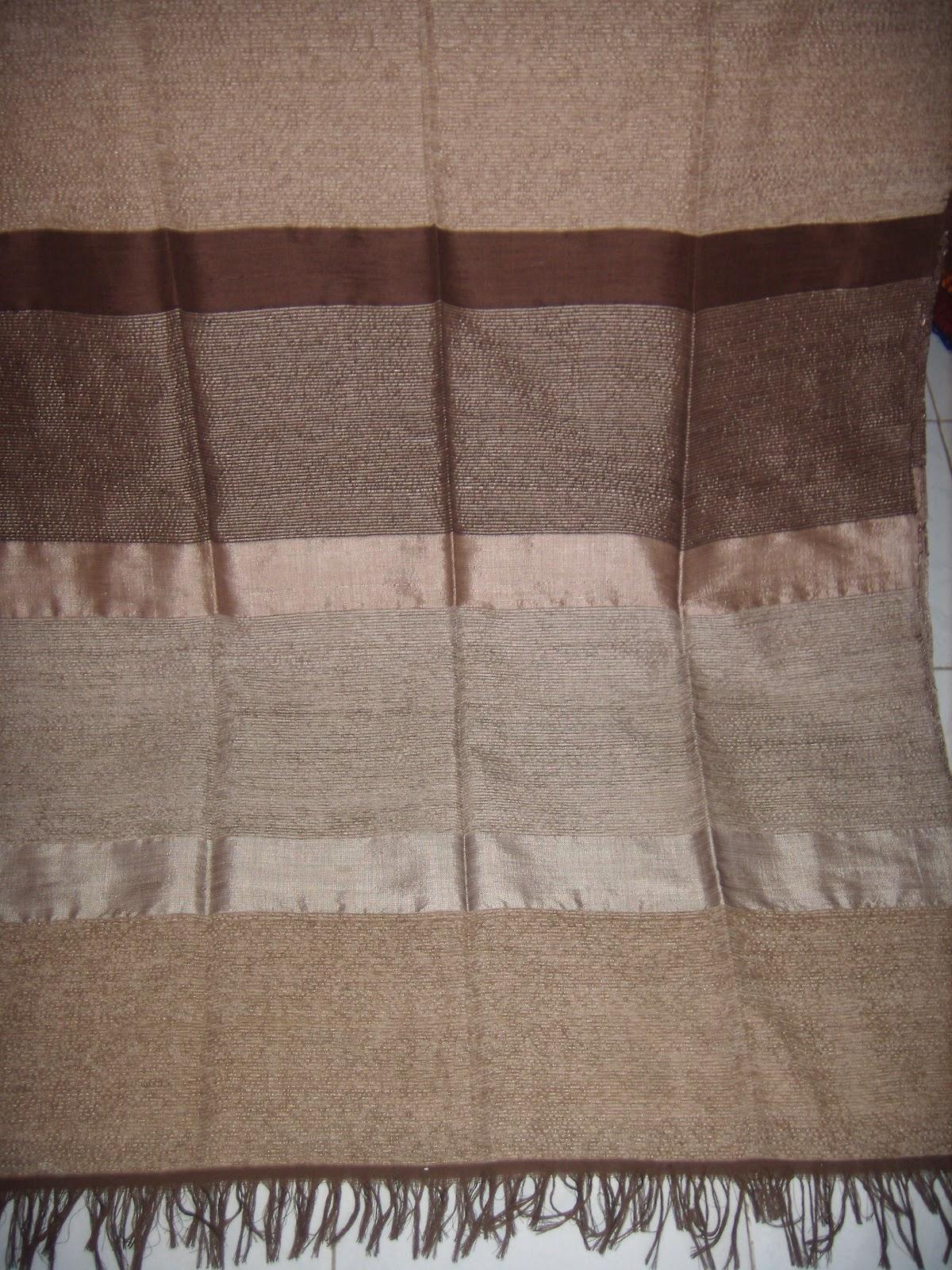 merycarpet couvre lit ou jet de canap beige marron. Black Bedroom Furniture Sets. Home Design Ideas
