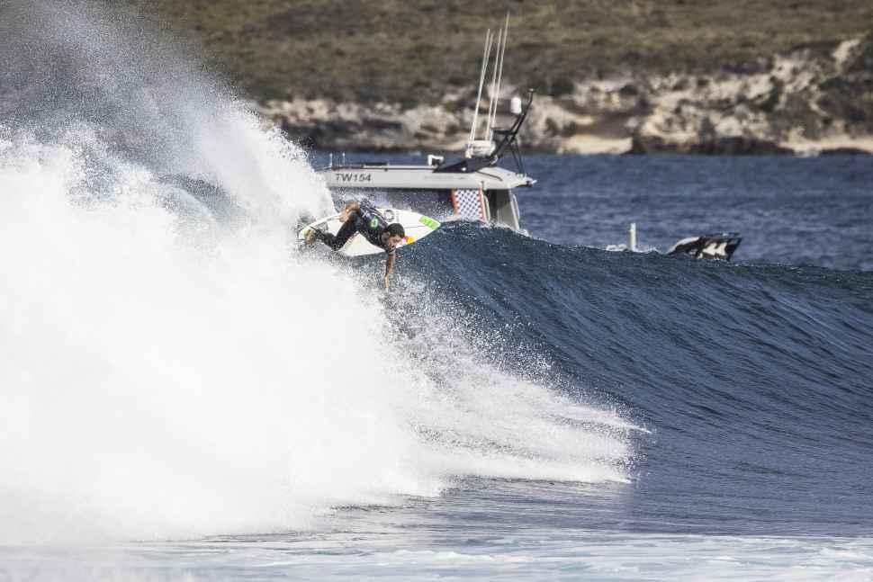 rip curl rottness search surf30 Adriano De Souza 9702 Dunbar