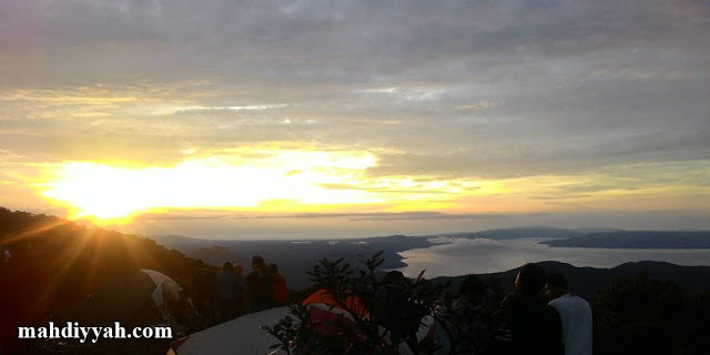 Gunung sibuatan sibuaten sunrise pendakian mendaki traveler