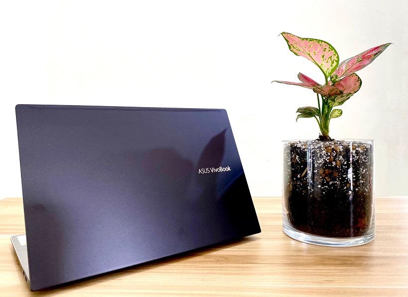 ASUS VivoBook S14 S433E Unboxing: Design