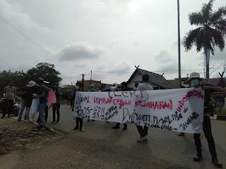 Lembaga Cegah Kejahatan Indonesia (LCKI) Batanghari Lakukan Aksi Demo Di Kantor P dan K , Diduga Terkait Penyelewengan Dana BOS SDN 13 Kelurahan Rengas Condong