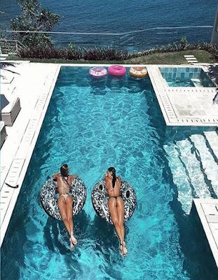 foto de amigas en piscina para imitar tumblr 2018