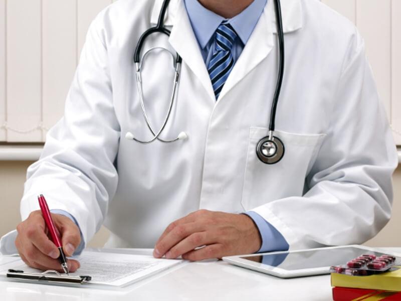 Doktora gitmek, ilaç kullanmak