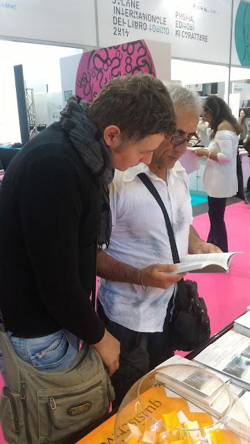 Visitatori al Salone del Libro di Torino
