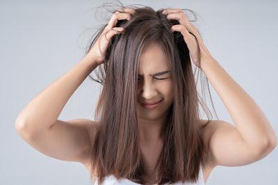 atasi-rambut-berketombe
