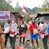 Binmas Noken Polri Bagi Sembako Kepada Warga Tiga Kampung di Tembagapura