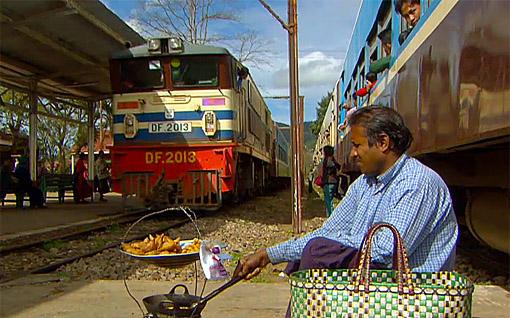 Train food between the tracks