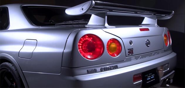 صورة خلفية لإحدى السيارات اليابانية