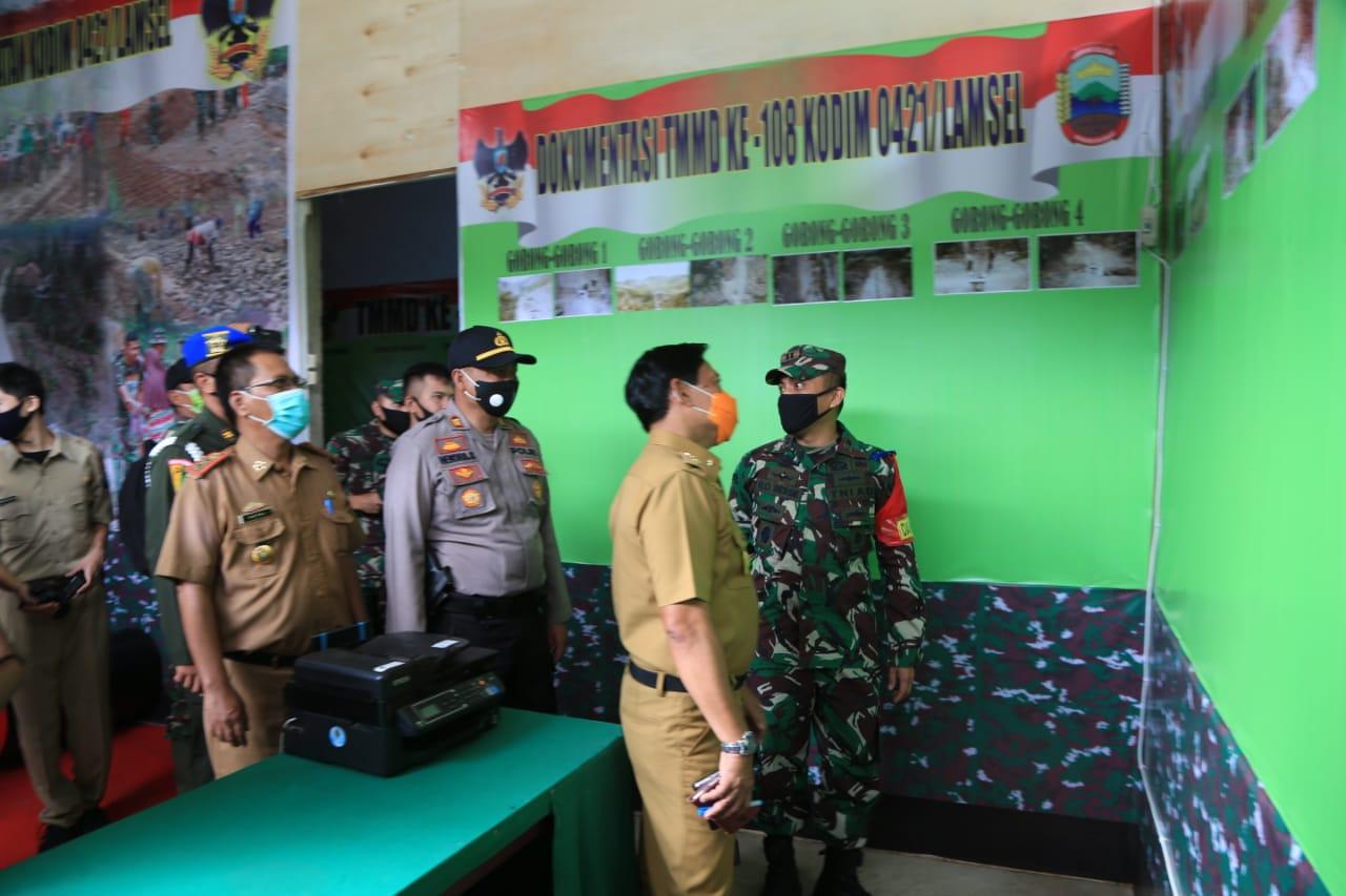 Nanang Ermanto menyambut baik atas dilaksanakannya kegiatan Tentara Manunggal Membangun Desa (TMMD) ke-108 yang dipusatkan di Dusun Merut, Bakauheni.