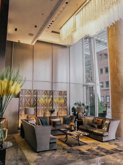Shangri-La Hotel Entrance Lobby