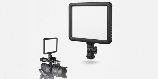 Godox LEDP 120c Video Light