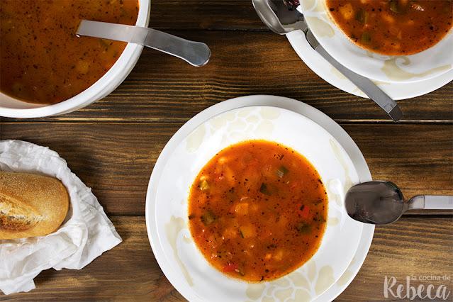 Sopa de alubias con verdura
