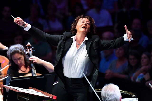 Prom 26 - Nathalie Stutzmann, BBC National Orchestra of Wales  - BBC Proms (Photo BBC / Chris Christodoulou)