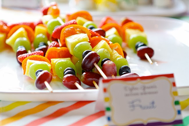 candy bar brochette fruit