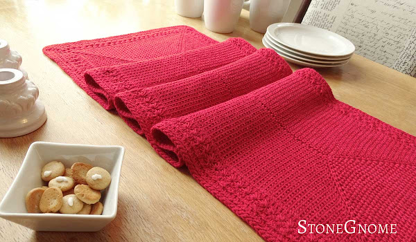 crochet table runner made from Bamboo Soft