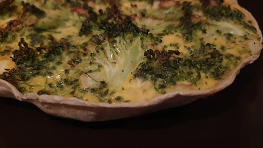 Lo-Dough used as a pie dish quiche with eggs broccoli