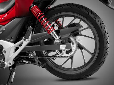 2016 HONDA CB125F rear tyre