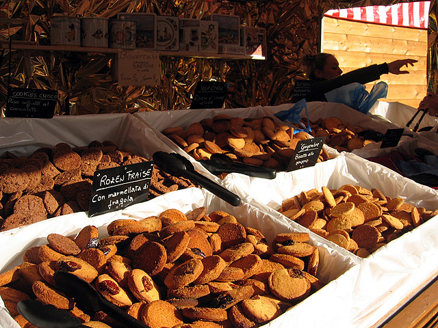 Just some of the delicious 'goodies' at the Christmas Market in Florence. Photo: Kaye. Unauthorized use is prohibited.