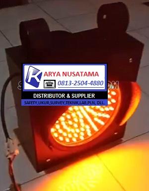 Jual Lampu Jalan Uk 1×20cm Merah di Bandung