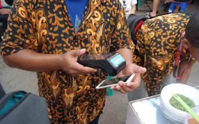 Transaksi Dompet Digital DANA
