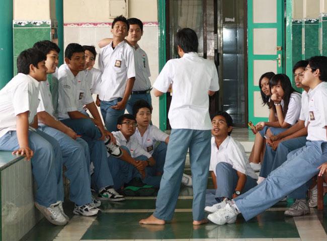 40+ Koleski Terbaik Background Foto Kelas Anak Sekolah Sma - Cosy Gallery