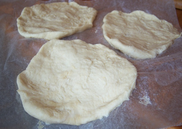 this is pita bread rounds