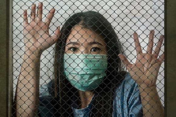 Vũ Hán: Người khoẻ mạnh cũng bị gom đi cách ly, kéo theo nguy cơ tăng nguy cơ lây nhiễm hàng loạt