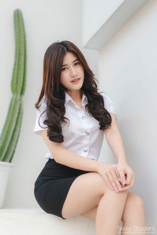 8 Foto Chichaya Poppy Jitrod Sexy Model Cantik Thailand
