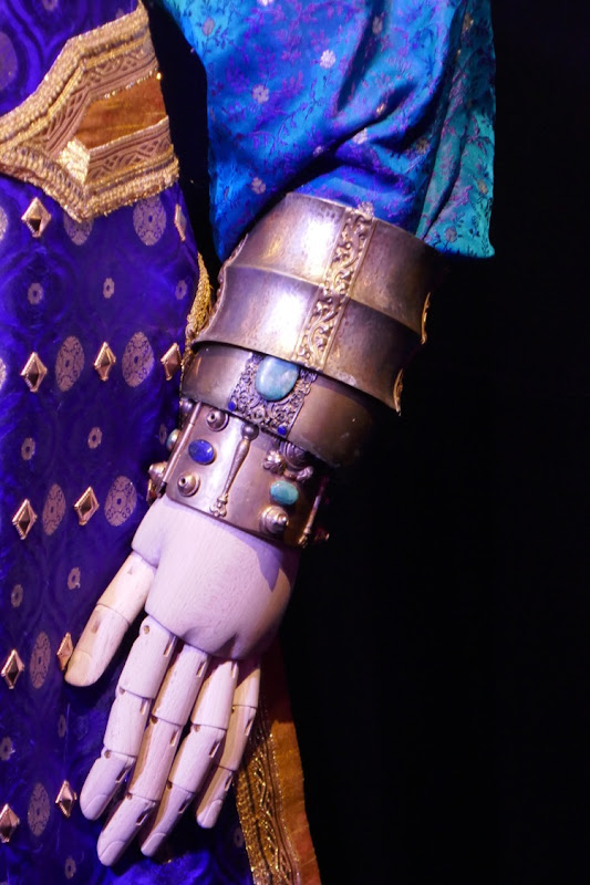 Genie costume bracelet Aladdin movie